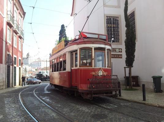 lisbon-393842_1280