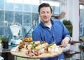 Джейми Оливър тества сладкиши в България