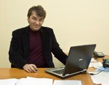 Проф. Лъчезар Трайков: Четенето е фитнесът за мозъка