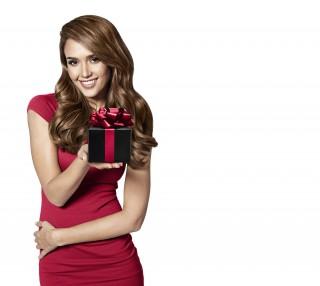 Jessica Alba Gifting KV