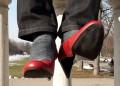 """""""Извърви километър в нейните обувки"""""""