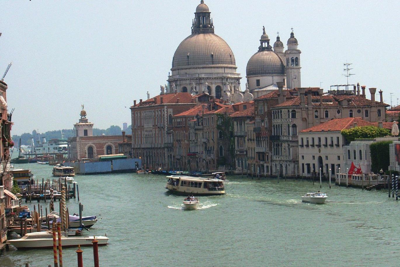venezia-2-page-001