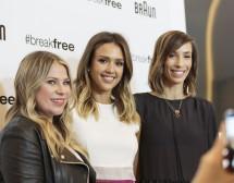 Стилистките на Джесика Алба за свободата в модата