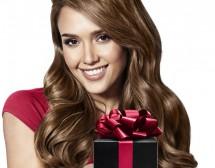 Кой спечели подарък от Джесика Алба за 8 март?
