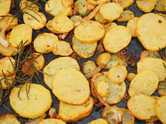 potatoes-609662_640