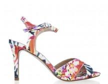 Обувките разцъфват