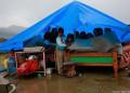 Помогнете на децата в Непал