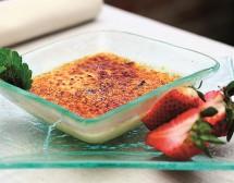 Крем брюле с ягоди и коантро