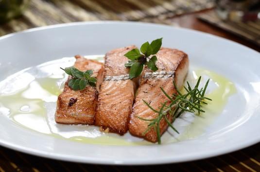 salmon-774482_640