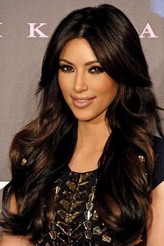 800px-Kim_Kardashian_2011