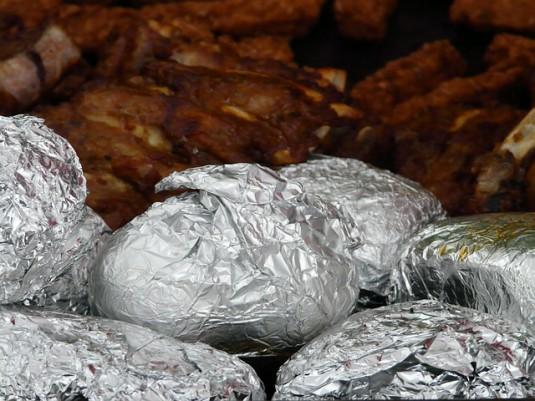 baked-potatoes-58735_640