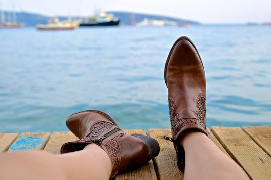 boots-828975_640