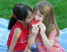 3 начина да насърчим детето си да избягва захарта