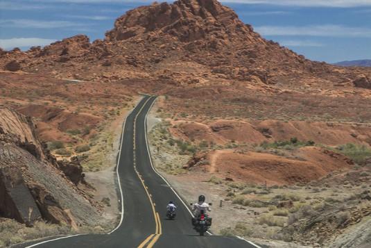 Страхотният път през Valley of Firе