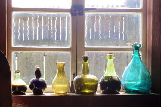bottles-331753_640
