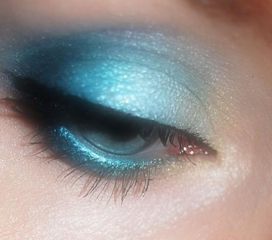 eyes-374920_640