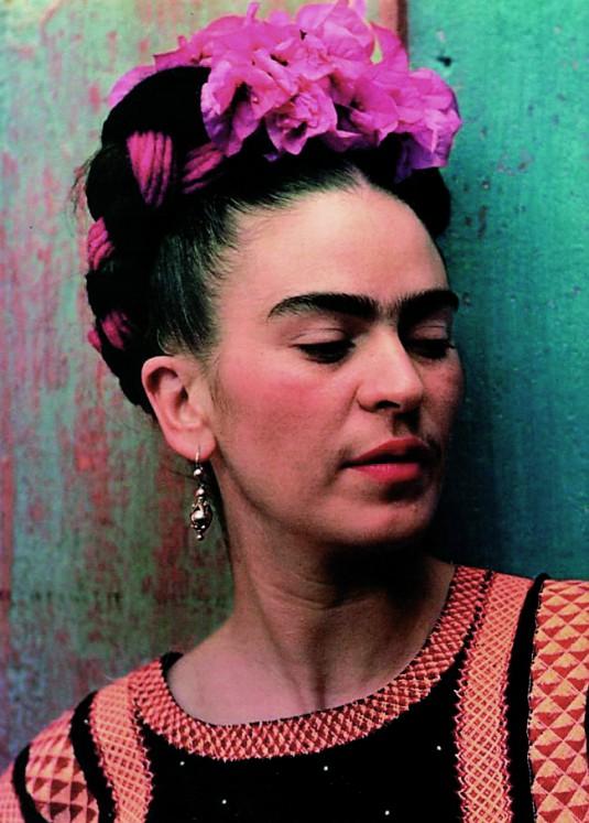 frida-kahlo-1939_photo_nickolas_muray