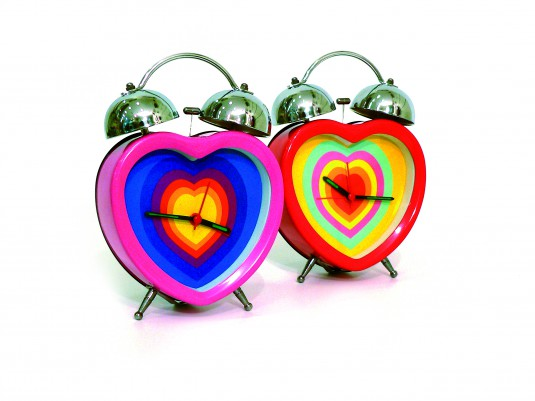 heart-alarm-clock-with-love-1422046