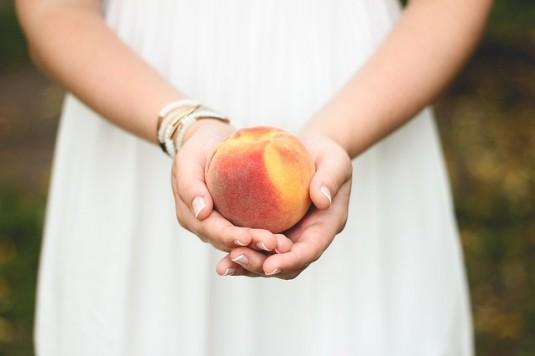 peach-698592_640