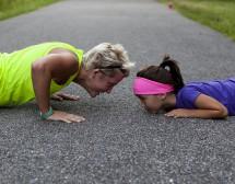Как да разговаряме с дъщеря си за тялото й
