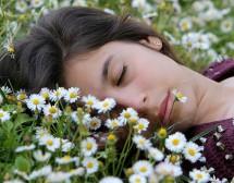 Жените се нуждаят от повече сън