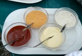 Как да си направим сами сосове за ястия. 7 рецепти
