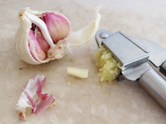 garlic-635375_640