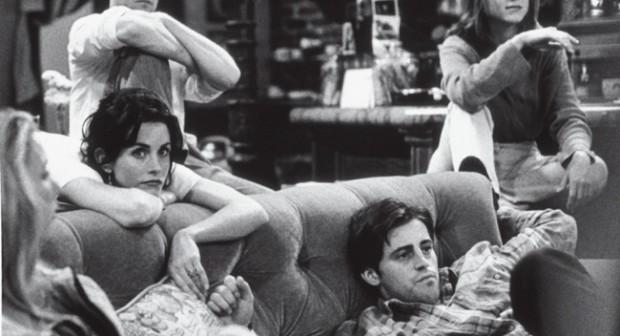 """10 снимки зад кадър от сериала """"Приятели"""""""