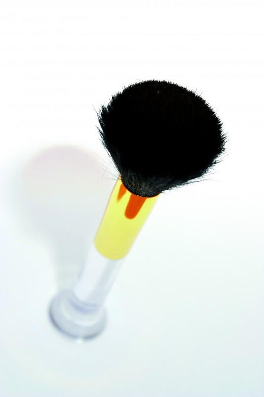 cosmetic-brush-1558406