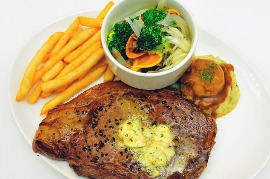 food-826741_640
