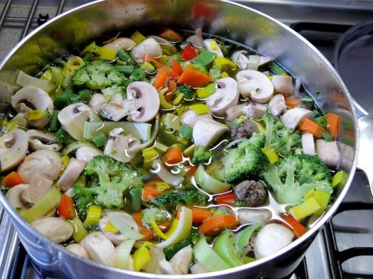 vegetable-soup-933527_640