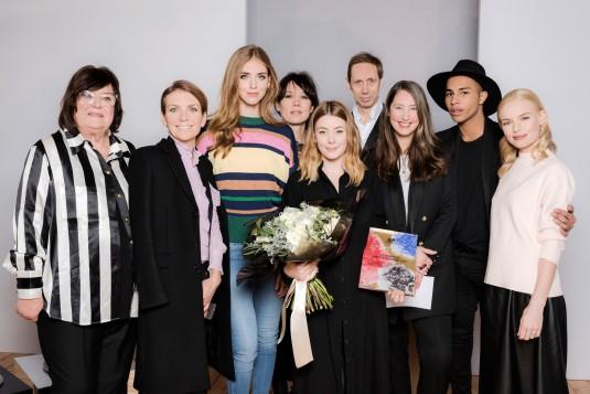 H&M Design Award 2016_Jury-group-with-winner