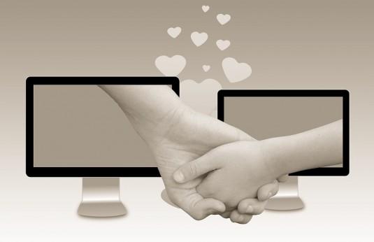 love-1100898_960_720