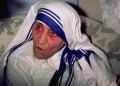Папата обявява майка Тереза за светица