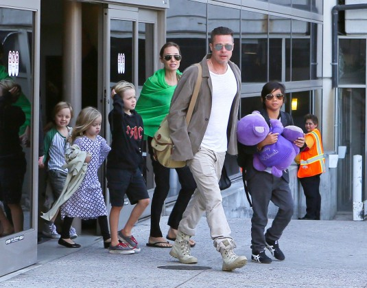 Brad Pitt And Angelina Jolie Arrive At LAX With the Kids