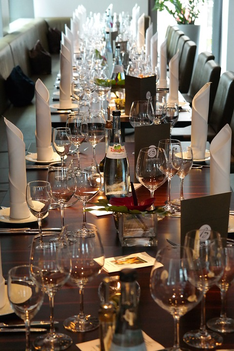 table-141547_960_720
