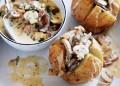 Запечени картофи с гъби и сметана