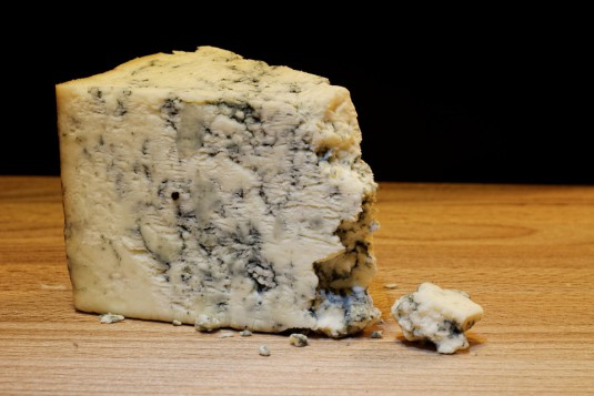 mold-cheese-933309_960_720