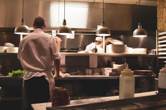 restaurant-922878_960_720