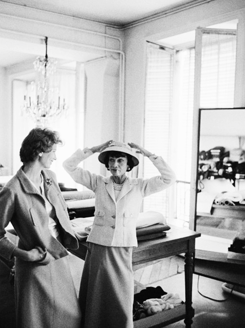 22.Coco Chanel & Suzy Parker during a fitting at the Chanel atelier photographed by Mark Shaw for Life Magazine, 1957.