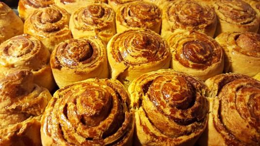 cinnamon-rolls-1079584_960_720