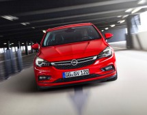 Opel Astra е Колата на 2016 г.