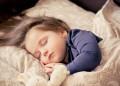 Щастливите майки приспиват децата си рано
