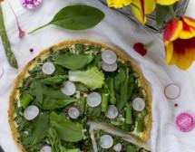 Пролетна тарта със спанак и аспержи