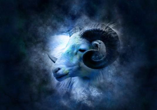 horoscope-639126_960_720