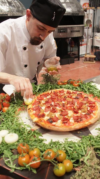 pizza-366111_960_720