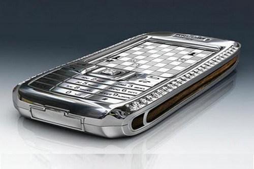 Diamond-Crypto-Smartphone-3
