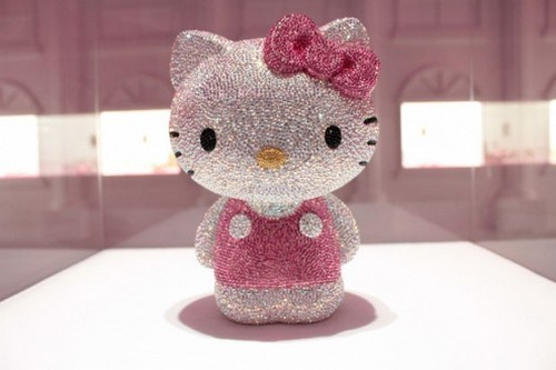 Hello-Kitty-Most-Expensive-Useless-Things-3