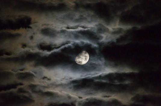 moon-1054721_960_720