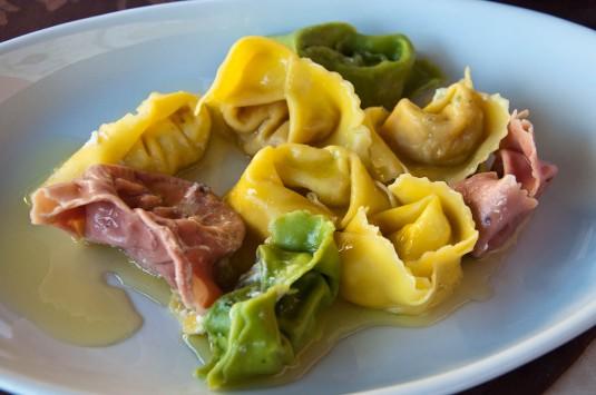 Snimka 6 - A selection of handmade tortellini, Cafe Visconti, Borghetto sul Mincio, Italy - www.rossiwrites.com